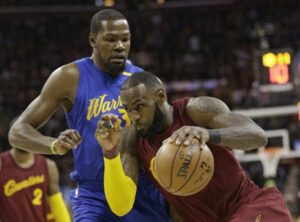 Cavs, Warriors Matchup Highlights NBA Christmas Day Extravaganza