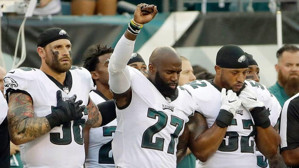 EAGLES (ESPECIALLY THEIR BLACK PLAYERS) SHOULD SAY NO TO WHITE HOUSE VISIT
