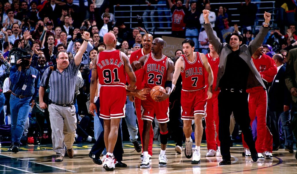 DERRICK GERVIN'S 'AS GOOD AS IT GETS' BASKETBALL PODCAST DISCUSSES 72-WIN CHICAGO BULLS VS. '18 GOLDEN STATE WARRIORS