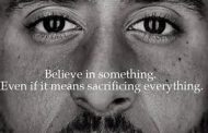 AD FEATURING KAEPERNICK SENDS A POWERFUL MESSAGE