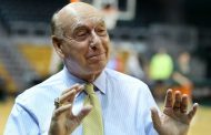 DICK VITALE  SAYS NCAA NEEDS TO PAY PLAYERS ON 'AS GOOD AS IT GETS' PODCAST