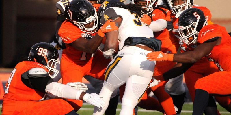 MORGAN STATE'S UPSET OF AGGIES SCRAMBLES MEAC TITLE RACE
